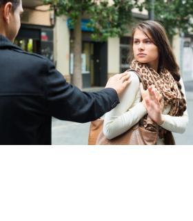 Le harcèlement de rue est absent du code pénal. 123RF/IAKOV FILIMONOV