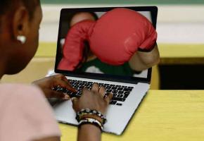 La cyberviolence et le harcèlement sont pris très au sérieux par le Département de l'instruction publique.