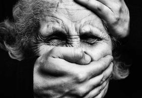 Sylvie, victime des faux policier et faux plombier, a vécu un vrai cauchemar. ISTOCK