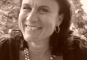Sandra Widmer Joly Journaliste, célébrante laïque en funérailles. dr