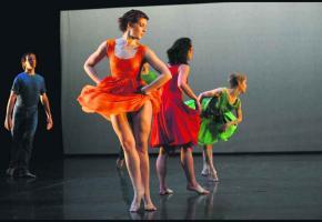 Pour Giselle, par la compagnie de danse Hallet Eghayan. ALAIN HANEL