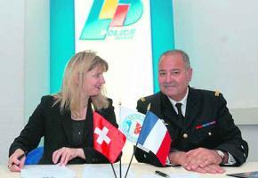 Monica Bonfanti, cheffe de la police et son homologue français