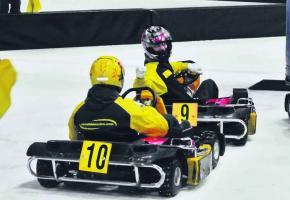 Les Genevois sont friands de karting sur glace. Ils en redemandent depuis quinze ans.