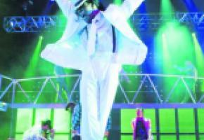 Un show qui redonne vie au roi de la pop.