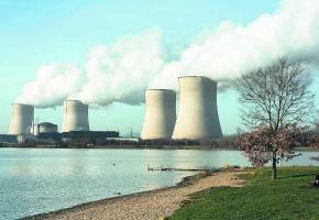Si le Rhône s'asséchait, les centrales nucléaires pourraient en pâtir.