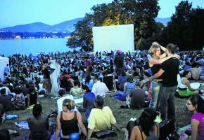 Evénement phare de l'été, CinéTransat réunit jusqu'à 3000 personnes par soir.