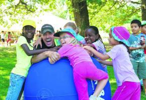 Une fabuleuse aventure d'une semaine, ouverte à tous les enfants et adolescents, de 7 à 14 ans.
