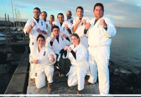 Douze karatékas s'entraînent depuis cet été pour sauver le monde le 21.12.12!