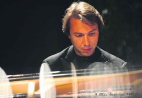 Maurizio Baglini, un pianiste aguerri au sommet de son art.