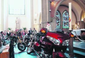 L'an dernier, l'abbé Claude Pauli avait béni quelque cinq cents motards.