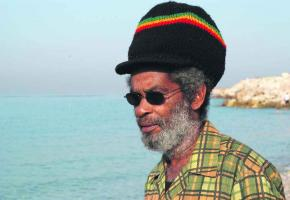 Une des dernières légendes vivantes du reggae.