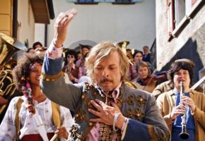 Le film «Tambour battant» sera projeté à la belle étoile le samedi 17 juillet. DR
