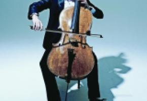 Edgar Moreau, surnommé «le petit prince du violoncelle».  JULIEN MIGNOT-ERATO