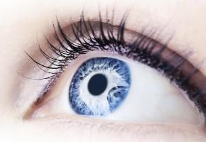 Ralentir les effets du vieillissement sur la vue, c'est possible! ISTOCK/ANNAOMELCHENKO