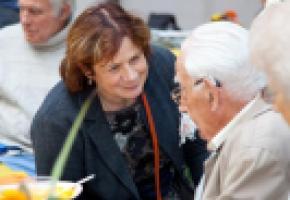 Pour la maire Esther Alder, le 1er octobre permet de faire un focus sur les personnes âgées. VILLE DE GENÈVE/ PATRICK LOPRENO
