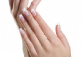 Des mains soignées restent jeunes plus longtemps. ISTOCK