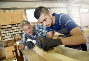 Cette année, l'Etat a donné l'exemple en se fixant un quota de 4% d'apprentis (il était de 1,3% en 2015). 123RF/GOODLUZ
