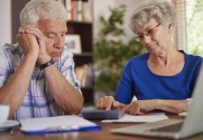 Arriver à la retraite s'apparente souvent à une perte de pouvoir d'achat. 123RF/ANNA BIZORI