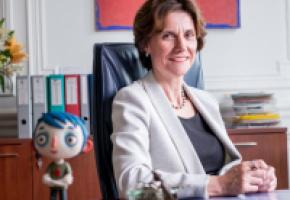Anne Emery-Torracinta, cheffe du Département de l'instruction publique, attaquée à quatre semaines des élections. Un hasard? DAVID WAGNIèRES