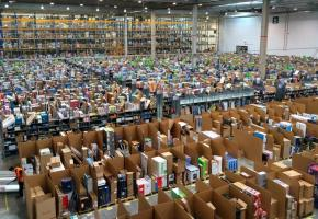 L'ouverture de l'antenne suisse d'Amazon va redistribuer les cartes du commerce genevois. DR
