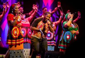 Le Soweto Gospel Choir envoûtera le public grâce à son énergie débordante. DR