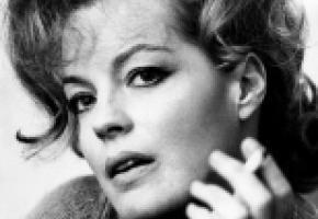 Un hommage poignant à l'actrice Romy Schneider. WIKIPEDIA
