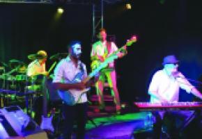 Le Théâtre du Léman vibrera au son du rock progressif du groupe Wildtramp, passé maître dans l'art des reprises de Supertramp. DR