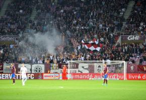 Vendredi soir, le Stade de Genève attend la venue de plus de 10'000 spectateurs. STÉPHANE CHOLLET