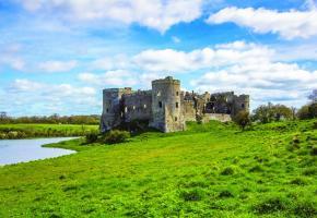 Le château de Carew est situé dans le comté du Pembrokeshire, au sud-ouest. PIXABAY