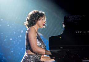La fougueuse pianiste Khatia Buniatishvili.  WIKIMÉDIA
