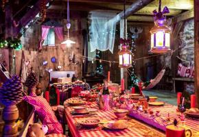 Le décor du Hameau du Père Noël, situé près de Genève, en Haute-Savoie, est tout simplement magique. DR