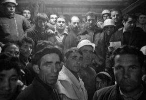 Grève de saisonniers de l'entreprise Murer. A voir dans l'exposition conçue par les Archives contestataires, le Collège du travail et Rosa Brux.