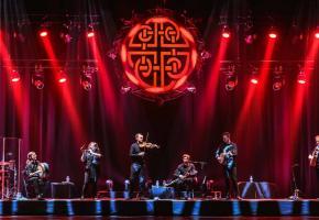 Sur scène, les dix-huit artistes des Celtic Legends assureront le show. DR