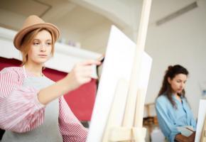Dès septembre, les élèves concernés pourront se consacrer davantage à leur formation artistique ou sportive.