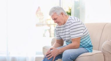 L'arthrose sévit le plus souvent dans les genoux. DR