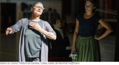 La chorégraphe Reinhild Hoffmann en pleine répétition. GTG/GREGORY BATARDON