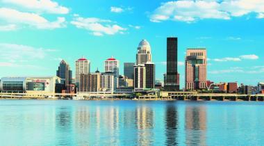 Louisville est la ville natale de Mohamed Ali et le lieu de fabrication de la batte de baseball Louisville Slugger.