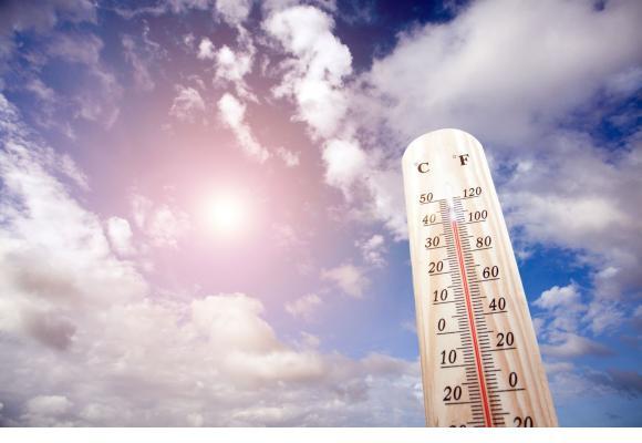 Le mercure devrait dépasser les 37 degrés mercredi 26 juin. 123RF/Thitiwat Junkasemkullanunt