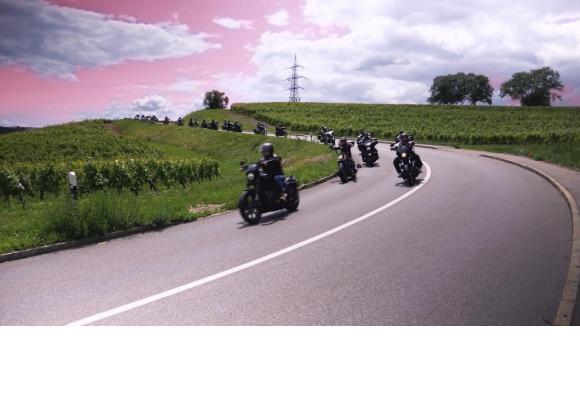 Plus de 300 bikers sillonneront les routes du canton, le samedi 19 juin. DR