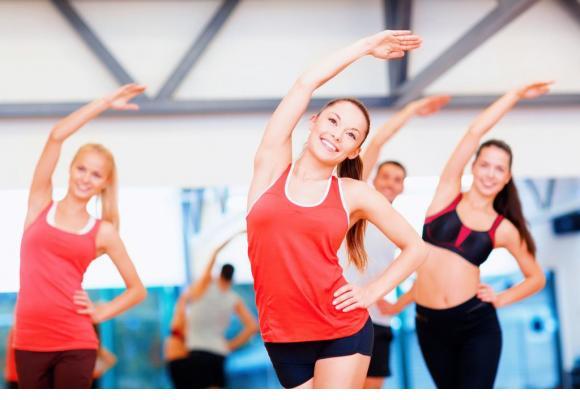 Un subtil mélange entre fitness et danse classique. 123RF/DOLGACHOV