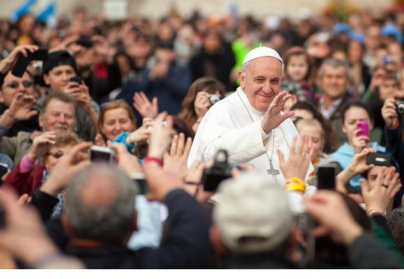 Les dons, mais pas les quêtes, seront autorisés lors de la messe papale à Palexpo. 123RF/BORIS STROUJKO