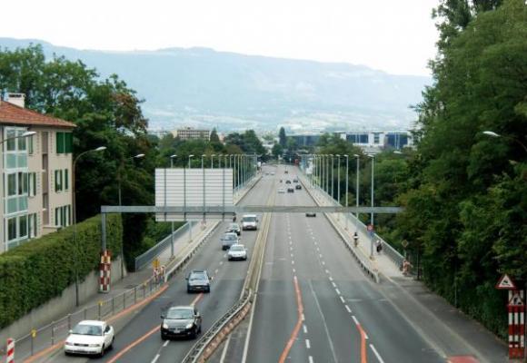 Depuis le 13 juin, la vitesse est limitée à 50 km/h dans les deux sens du pont Butin. DR