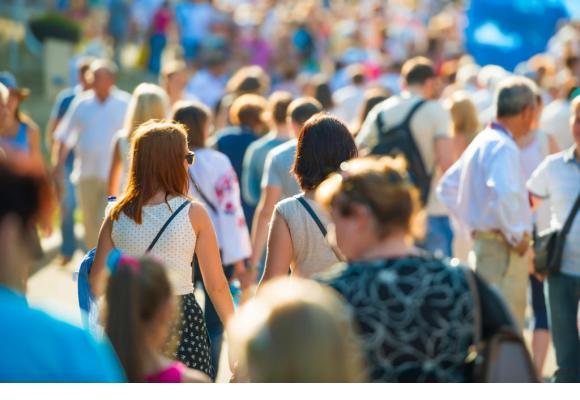 Face aux flux migratoires, la nécessité urgente d'un vaste débat national. 123RF/PAVLO VAKHRUSHEV