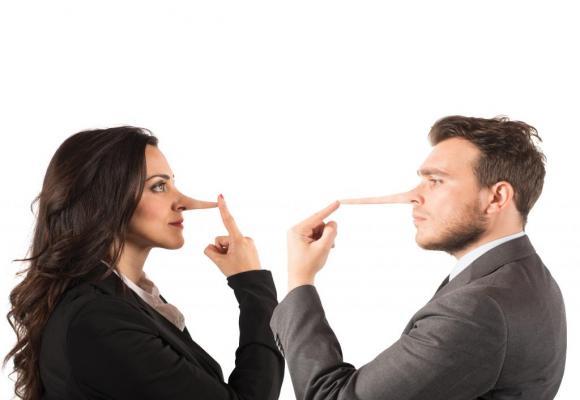 La femme ou l'homme de pouvoir ne doit pas mentir. 123RF/ALPHASPIRIT