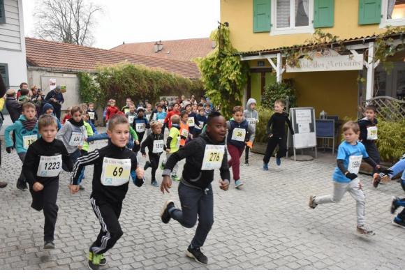 En 2017, 380 enfants s'étaient entraînés pour participer à la course . DR