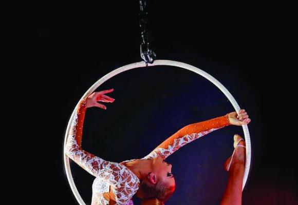 Un show grandiose entre cirque et cabaret. DR