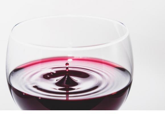 Rouge, rosé ou blanc, il y en aura pour tous les goûts durant le salon Arvinis. PIXABAY