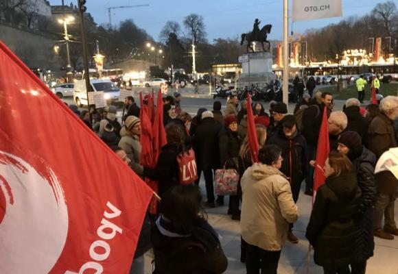 Manifestation sur la place de Neuve le 5 décembre dernier contre le projet de budget cantonal 2020. FRANCIS HALLER