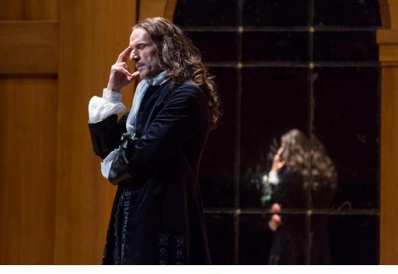 L'acteur français endosse le rôle d'Alceste avec une grande sincérité. SVEND ANDERSEN