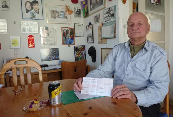 André Boccard, 86 ans, a failli tomber de sa chaise en découvrant la facture. MP